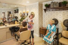 Arbor Hills Memory Care Plano - Hair Salon